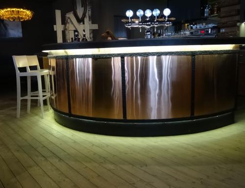 Kovaný barový pult